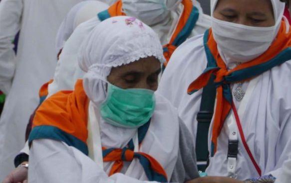 Tiba di Tanah Air, Ratusan Haji Diimbau Cek Kesehatan