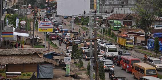 Sering Macet, Pemkab Tangerang Pasang CCTV di Tiap Persimpangan